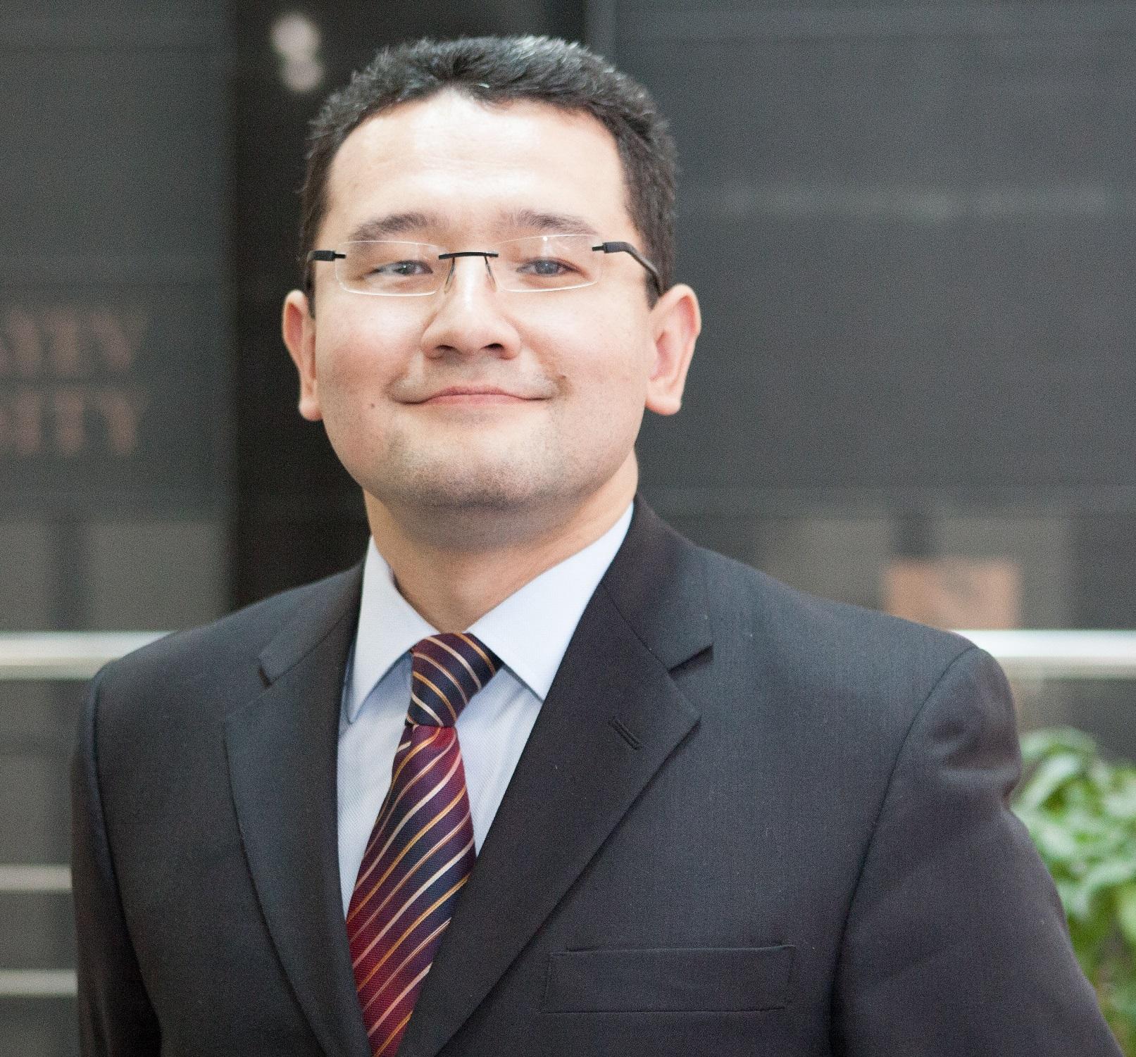 aziz-burkhanov